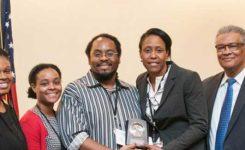 Outstanding Mentor Award – Dr. Ennis